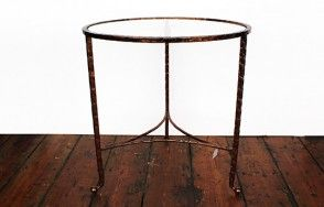 Oval iron table