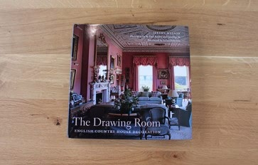 The drawing room: English country house decoration book