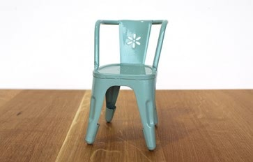 Metal toy chair