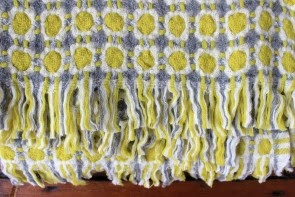 Corona Blanket in Grey/Pistachio