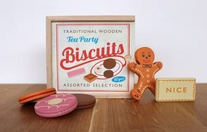 Tea party biscuit set