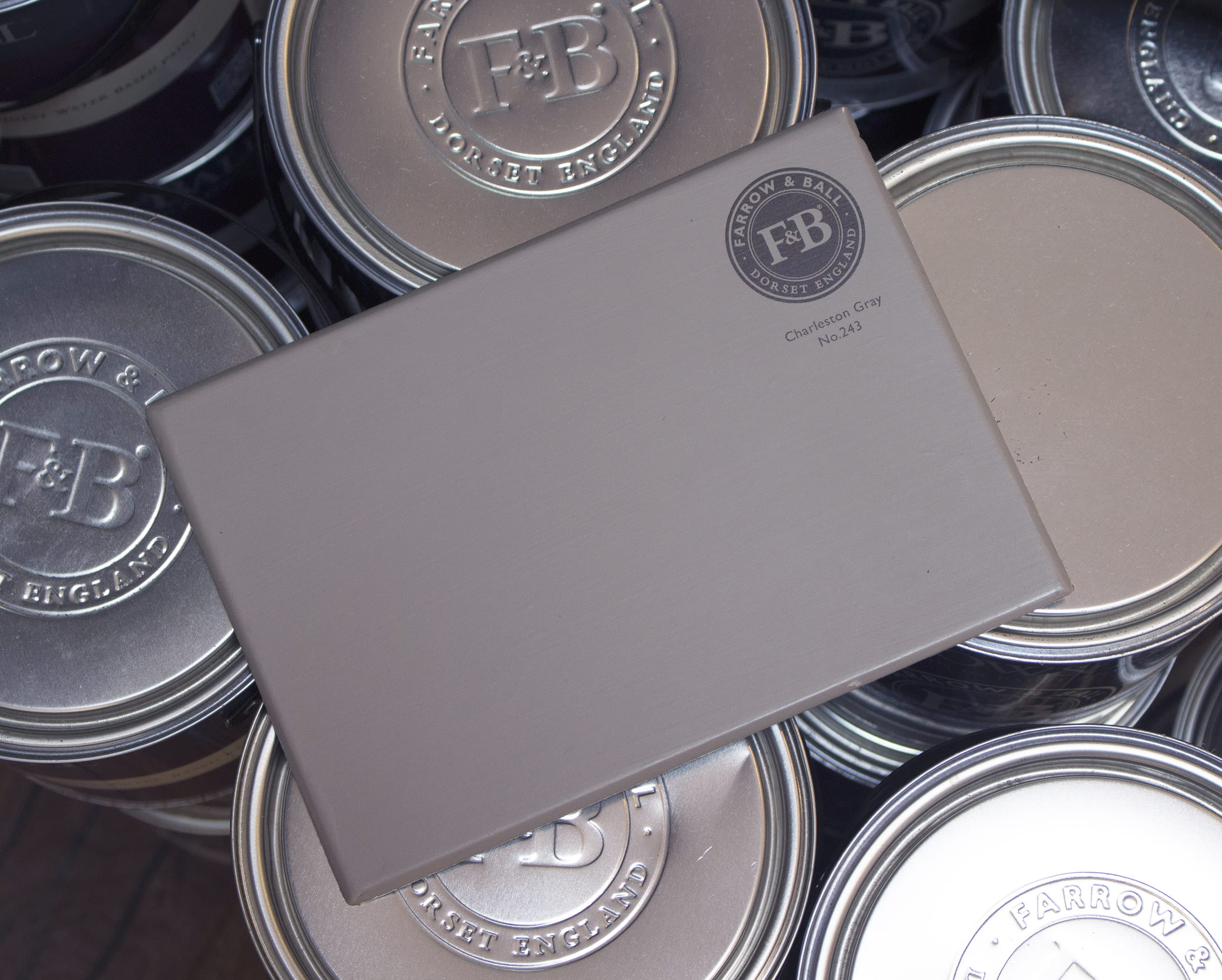 farrow&ball, farrow and ball, paint, decorating, paint brush, charleston gray