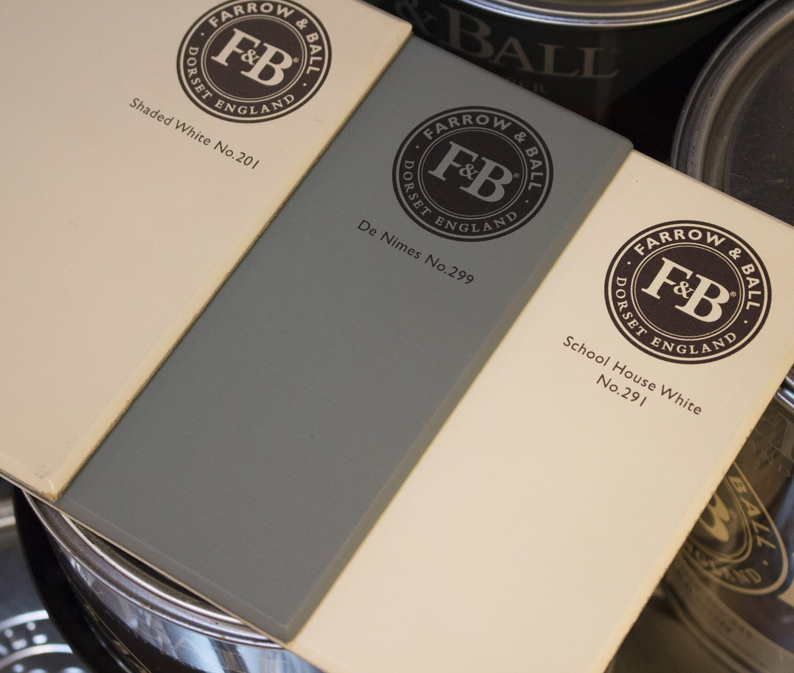 farrow&ball, farrow and ball, paint, decorating, paint brush, de nimes