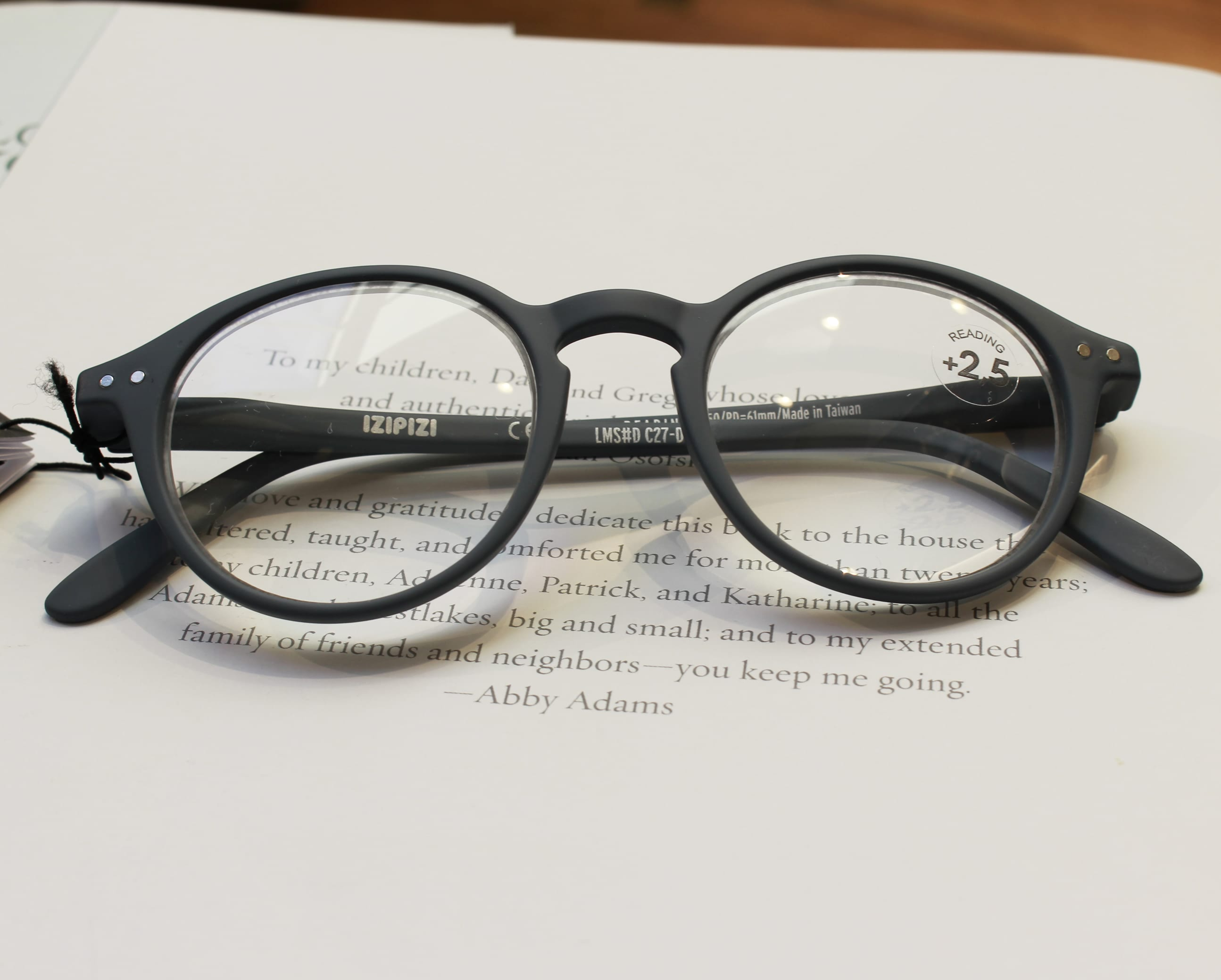 reading glasses, glasses, eyewear, izipizi, norwich