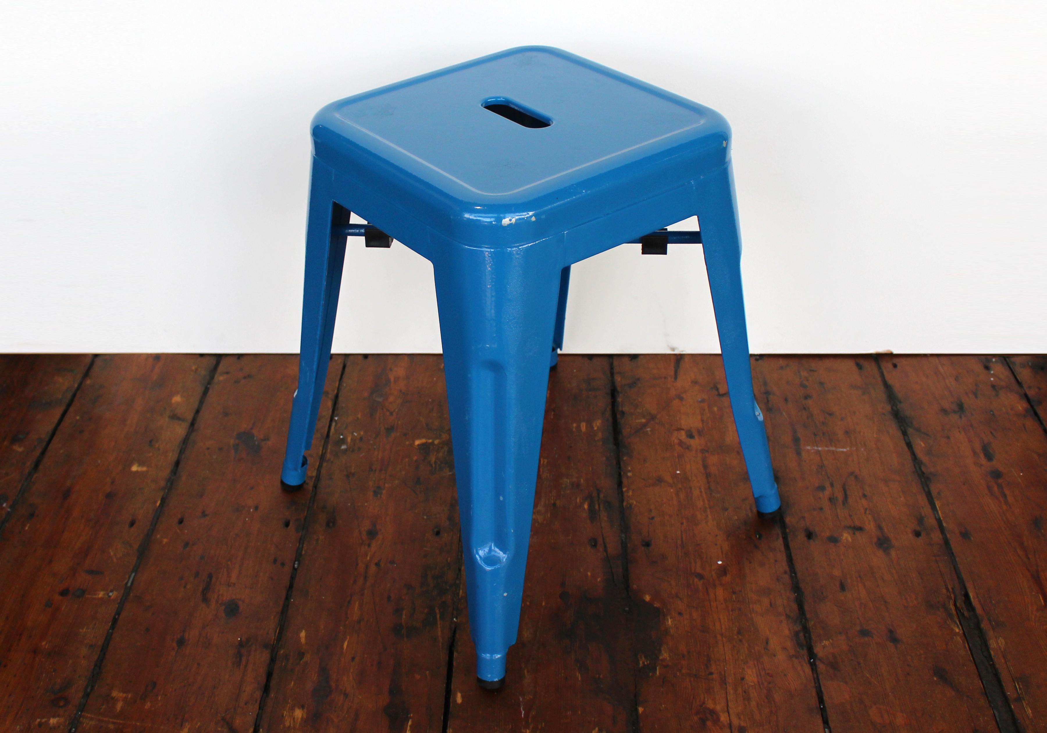 blue phobos stool