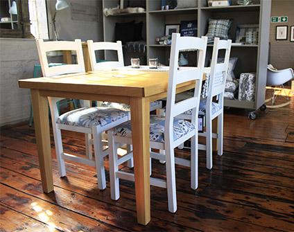harbo solid oak table
