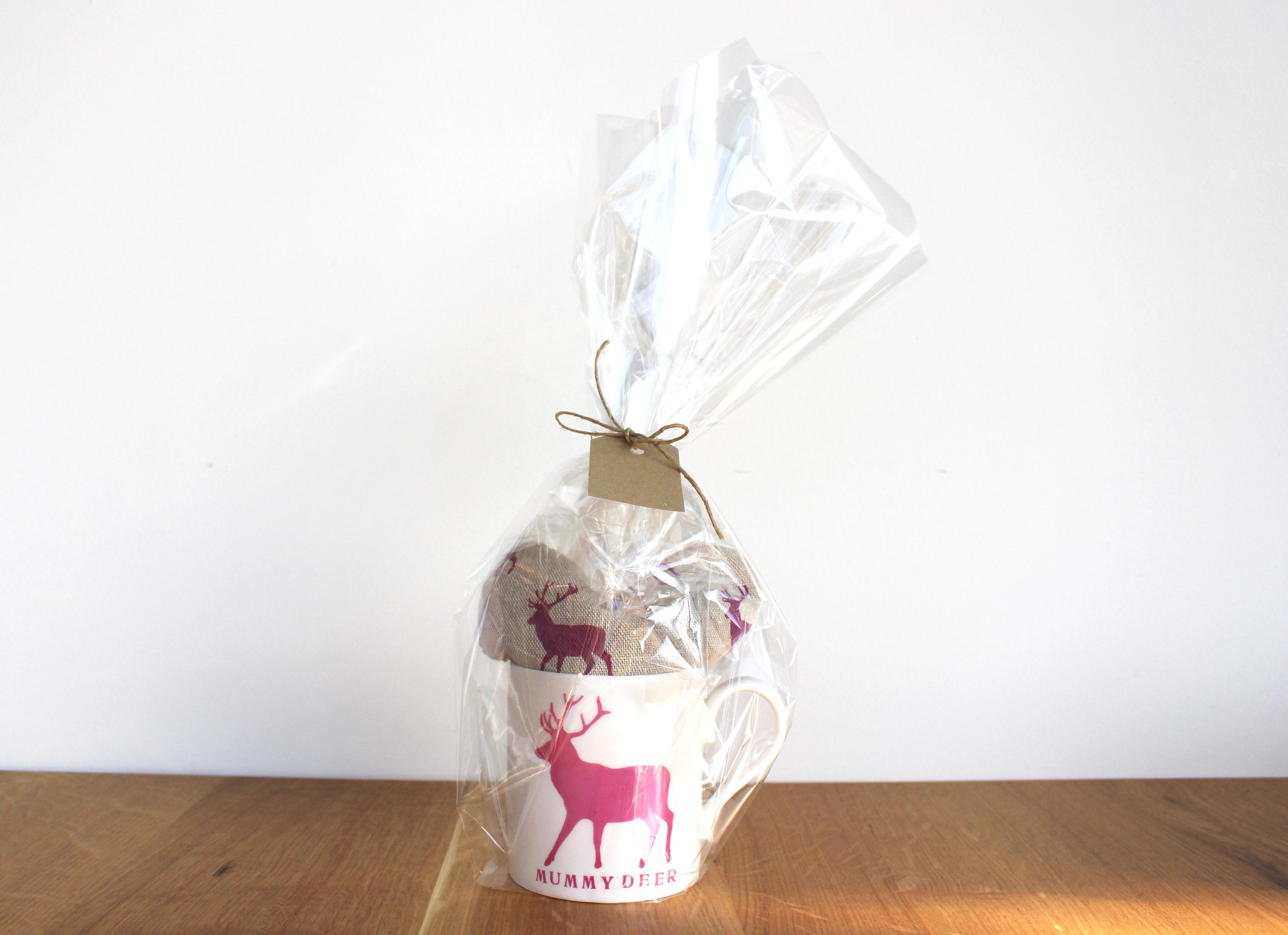 mummy deer mug & heart