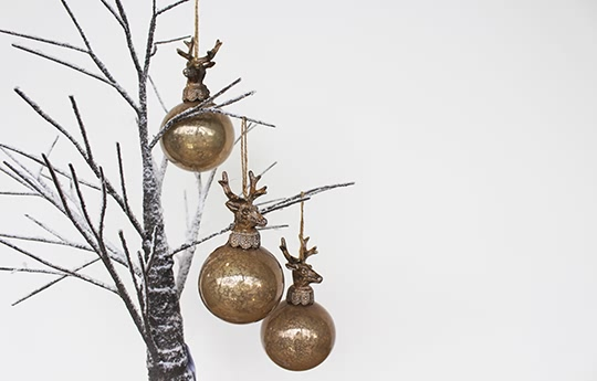 stag head bauble