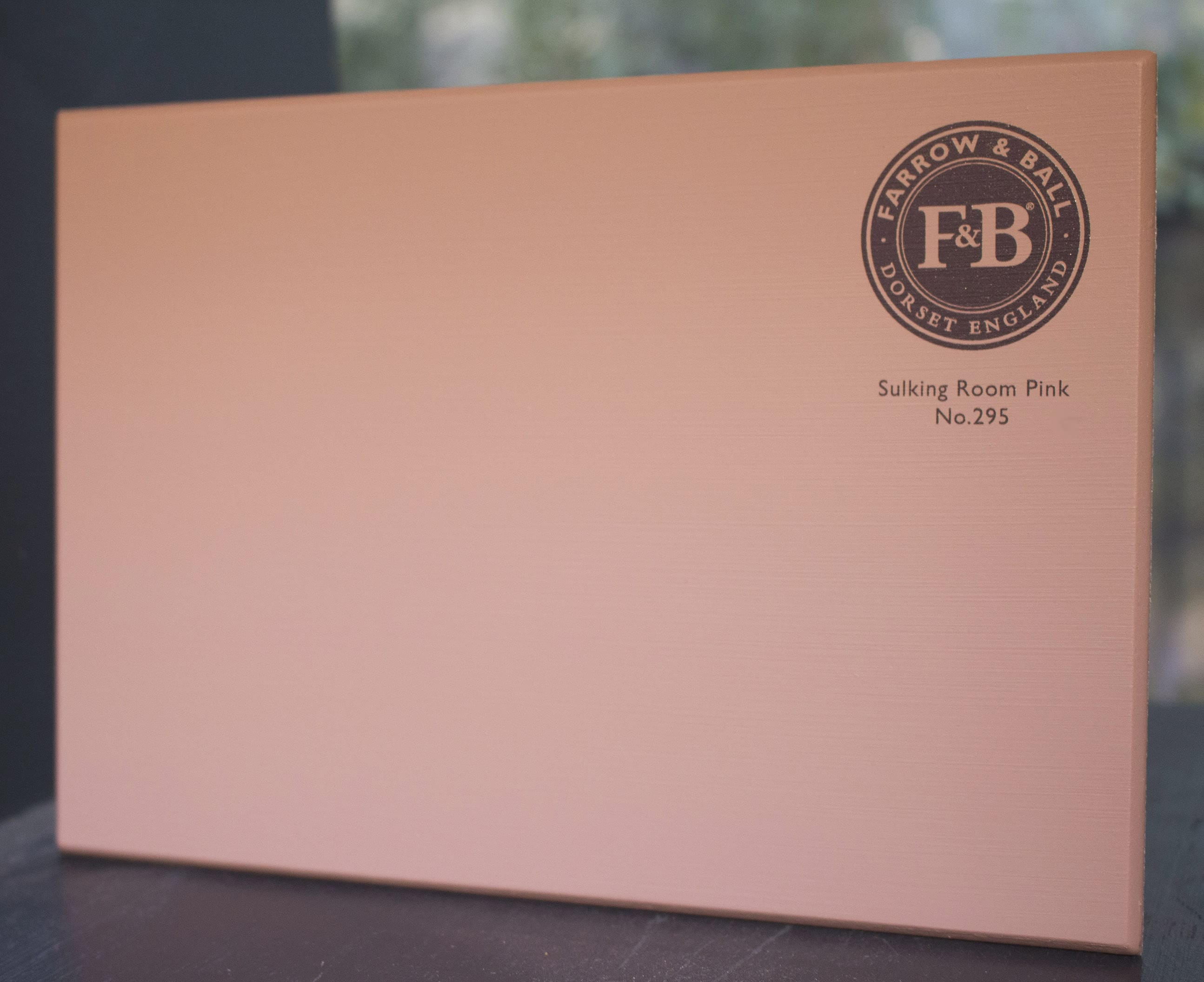 farrow&ball, farrow and ball, paint, decorating, paint brush, Sulking Room Pink