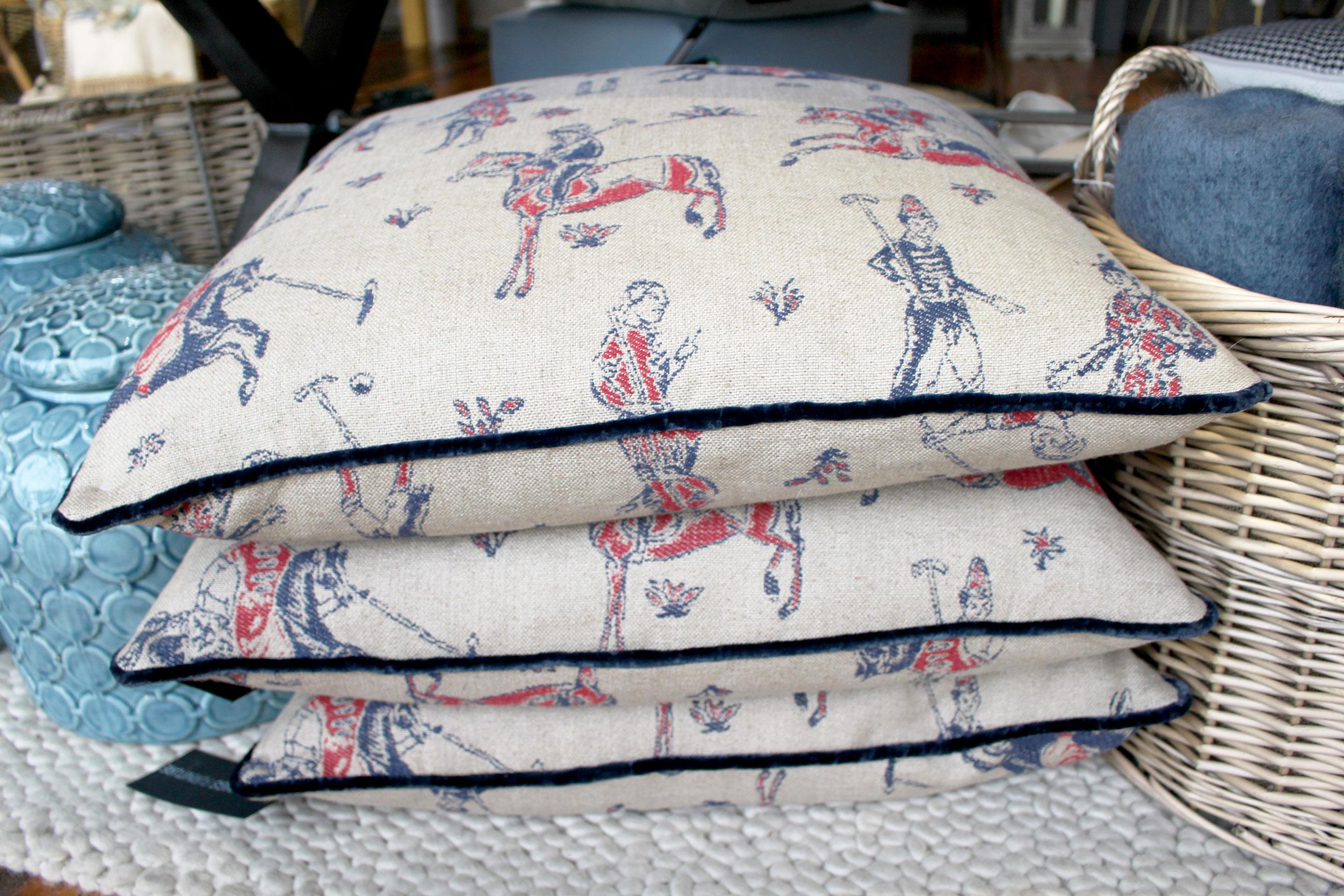 pulu cushions
