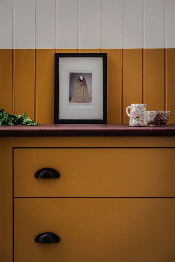 farrow&ball, farrow and ball, paint, decorating, paint brush, india yellow