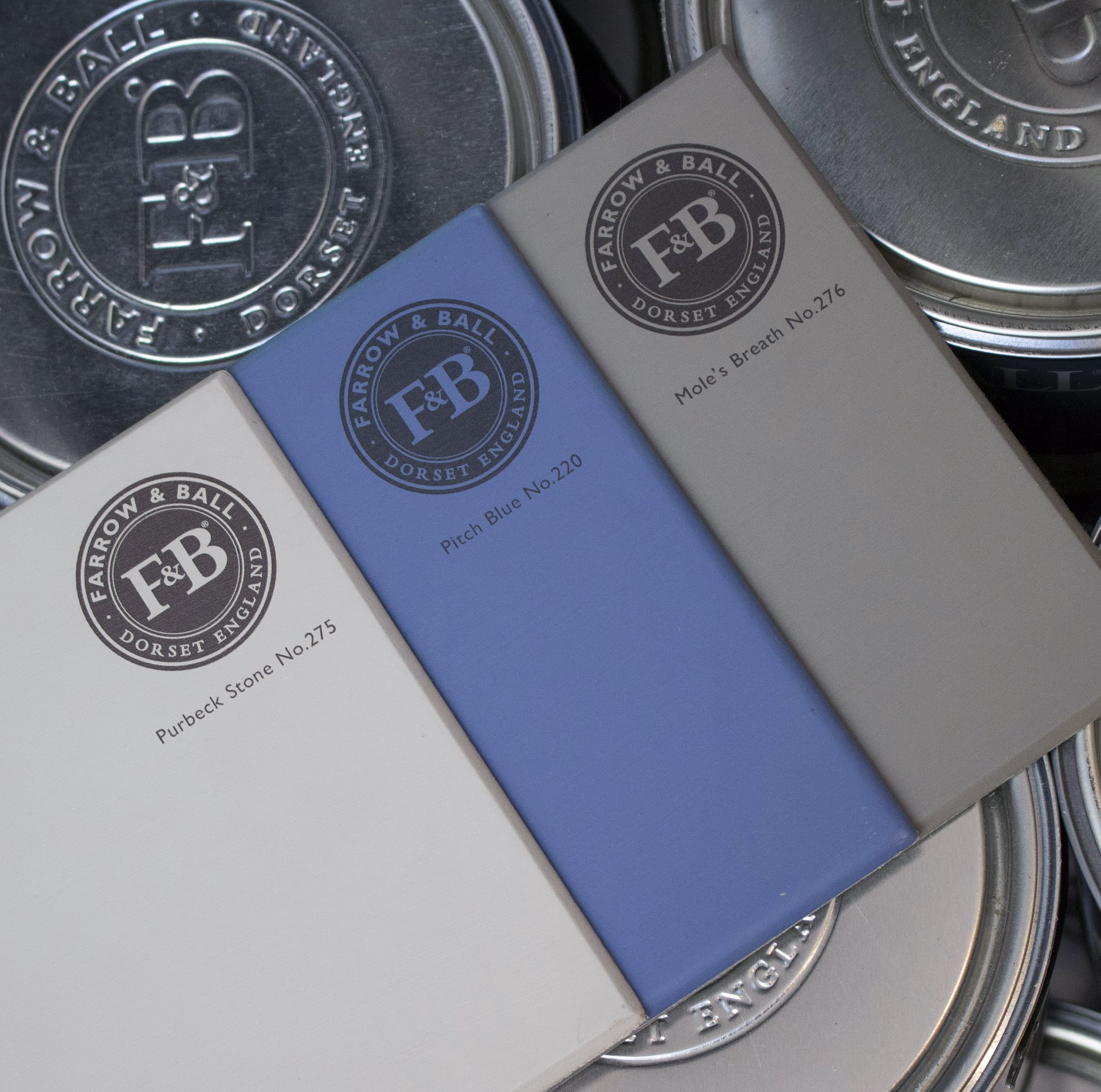 farrow&ball, farrow and ball, paint, decorating, paint brush, pitch blue